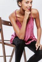 PARISFASHIONSHOPS.com La plateforme Marketplace des grossistes en ligne. Des ventes en gros, réservées aux professionnels de la mode, de vêtements femmes, hommes et enfants, ainsi que des chaussures, sacs et accessoires proposés par les grossistes fournisseurs de Paris, d'Aubervilliers et du Sentier. Une solution simple et rapide pour vos achats en ligne, dédiée aux boutiques ou aux indépendants de la mode et du prêt-à-porter. Notre plateforme Marketplace en ligne de Marques de grossistes est la solution incontournable qui sera votre partenaire idéal dans votre activité. Sur PARIS FASHION SHOPS vous trouverez de bonnes affaires, vos marques favoris, les produits tendance du moment au meilleur rapport qualité / prix. Rejoignez la communauté de ceux qui décident et participent à la mode d'aujourd'hui et de demain. © copyright PARIS FASHION SHOPS. Tous droits réservés.
